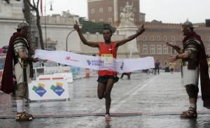 Foto Vincenzo Livieri - LaPresse 22-03-2015 - Roma - Italia Cronaca XXI Maratona di Roma. Nella foto Abebe Degefa Photo Vincenzo Livieri - LaPresse 22-03-2015 - Rome - Italy News XXI Rome Marathon. In the pic Abebe Degefa